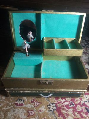 Antique Musical jewelry box for Sale in Kingsport, TN