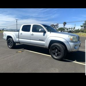05 Toyota tacoma trd sport long bed for Sale in E RNCHO DMNGZ, CA