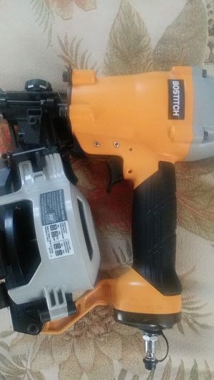 BRAND NEW GUNS NAILS FOR ROOFING/AIR COMPRESSOR for Sale in NEW CARROLLTN, MD