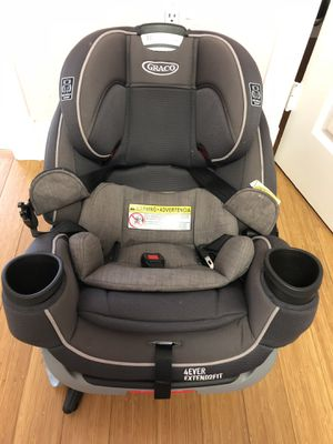 Graco 4Ever Extend2Fit 4-in-1 Car Seat in Passport for Sale in Tampa, FL