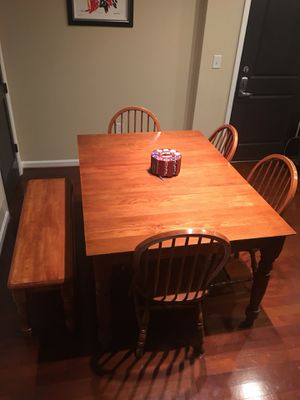 Hardwood Kitchen Table and Chairs for Sale in Atlanta, GA