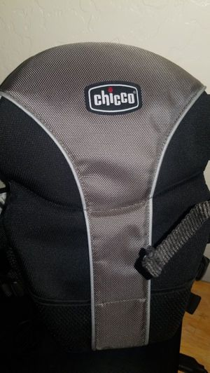 Chicco baby carrier for Sale in Phoenix, AZ