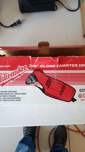 Milwaukee 3/8 close quarter angle drill for Sale in Phoenix, AZ