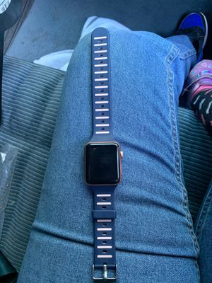 Apple Watch series 3 for Sale in Oakland, CA