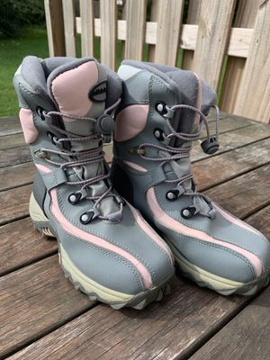 Athletech Children's Winter Snow Boots Size 2 for Sale in Millersville, PA
