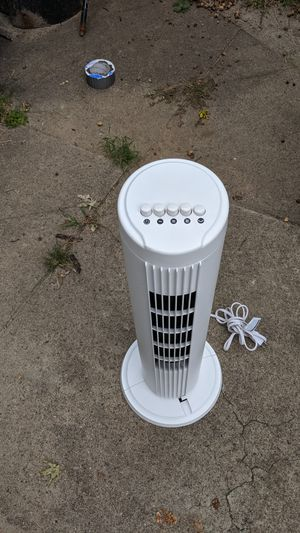 Tower fan turn new condition for Sale in Providence, RI