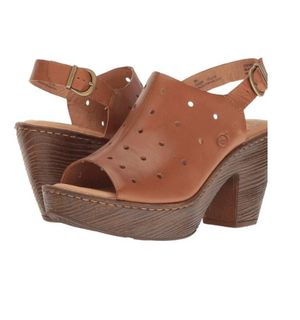 BORN Galoa Heeled Clogs, Size 9 for Sale in Seattle, WA