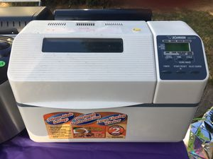 Zojirushi bread maker for Sale in West Linn, OR