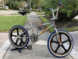 Vintage 1995 GT Interceptor BMX Bike with Mags for Sale in North Miami Beach, FL
