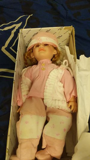 Golden keepsakes doll for Sale in Weirton, WV