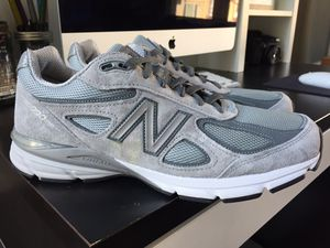 NEW BALANCE 990 V4 MEN'S SIZE 11 GREY WHITE BLACK for Sale in San Francisco, CA