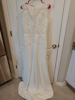 Wedding Dress Never worn. for Sale in Orange City, FL