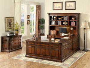 Office desks for Sale in Las Vegas, NV