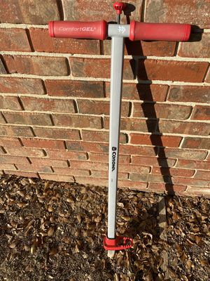 Corona weeder puller weed cool tool gardening tool for Sale in Chattanooga, TN
