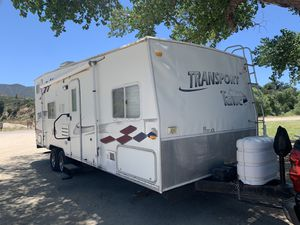 05 Tahoe by Thor Toy Hauler for Sale in Corona, CA
