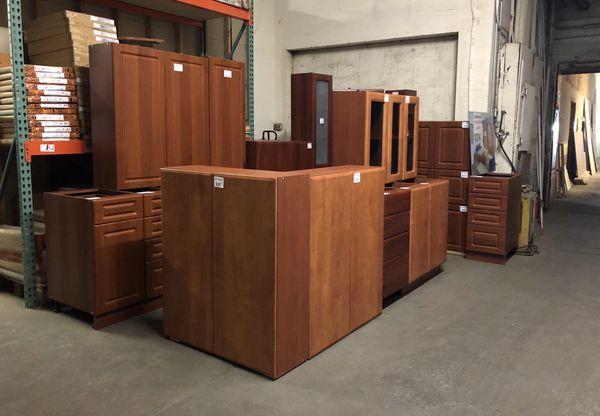 Honey Oak kitchen cabinets for Sale in Brooklyn, NY - OfferUp