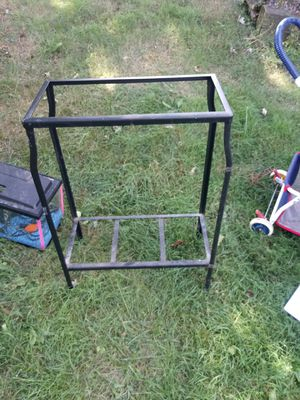 10 gallon fish tank stand holds 2 for Sale in Norton, OH