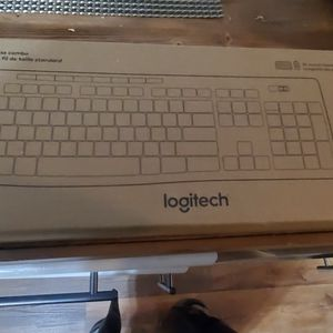 Wireless Keyboard for Sale in Hickory Hills, IL