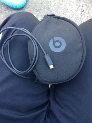 Beats Solo 3 Wireless Headphones for Sale in Philadelphia, PA