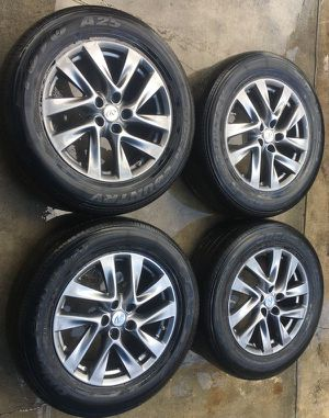 "2013 - 2015 INFINITI JX35 QX60 18""INCH WHEEL RIM W/TIRES (SET OF 4) for Sale in Fort Lauderdale, FL"