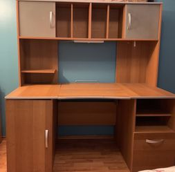 Large Sauder Office Desk for Sale in Kent,  WA