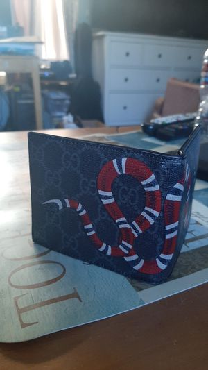 Genuine Gucci King snake black Wallet. for Sale in West Covina, CA