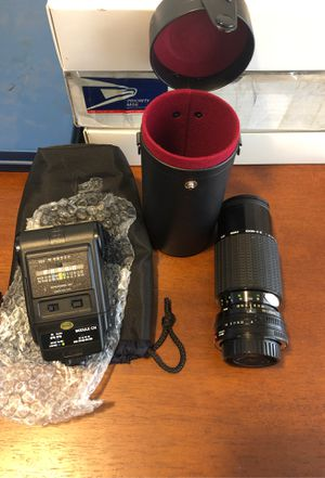 Camera lens and flash for Sale in Eugene, OR