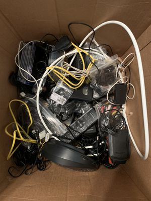 Box of misc electronics/accessories for Sale in Florence, KY