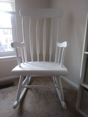 Babies room rocking chair matt white for Sale in Gaithersburg, MD