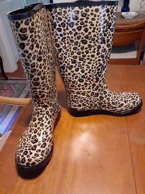 Leopard rain boots size 8 women's clean!! for Sale in San Diego, CA