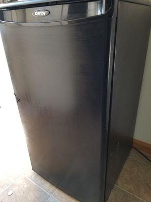 Mimi Refrigerator for Sale in Nashville, TN