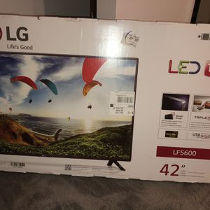 """LG 42"""" 1080P LED TV With Remote for Sale in Summerfield, FL"""