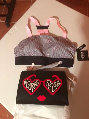 VICTORIA SECRET SPORT BRAW AND BEAUTY BAG FOR $30 for Sale in Houston, TX