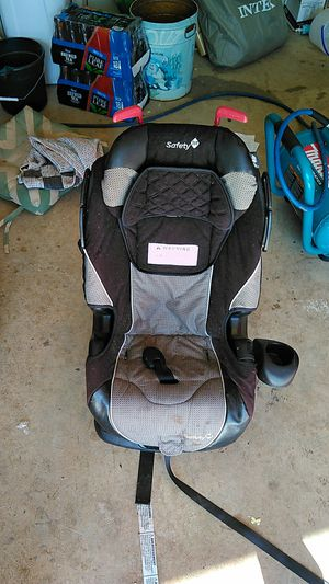 Booster seat for Sale in Amanda, OH
