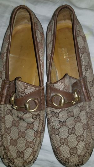 Gucci shoes zise 8 for Sale in Baldwin Park, CA