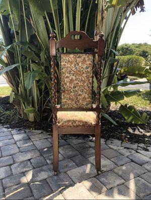 Antique decorative chair for Sale in Pompano Beach, FL