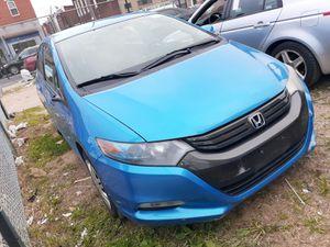 2011 Honda Insight clean title $2700 for Sale in Philadelphia, PA