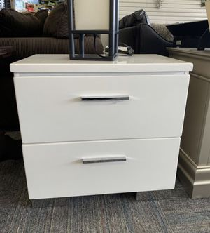 Night stand for Sale in Norfolk, VA