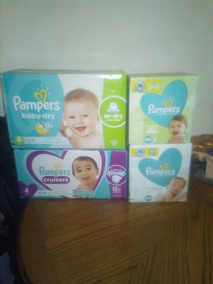 Pampers size 4, 128diapers, Pampers can cruisers size 4 104 diapers , Pampers wipes 2 boxes for Sale in Phoenix, AZ