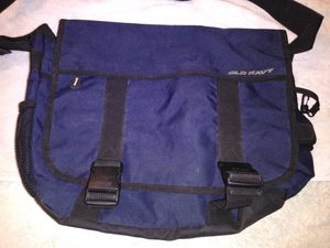 Old Navy Messenger bag for Sale in Hemet, CA