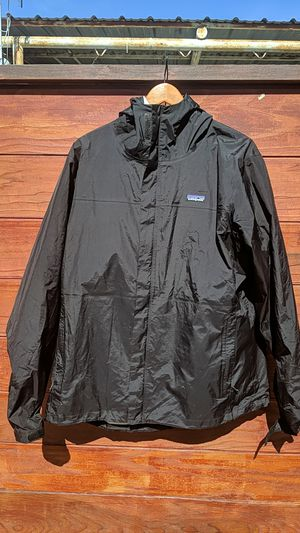 Patagonia Men's XXL Shell Jacket Black for Sale in San Diego, CA