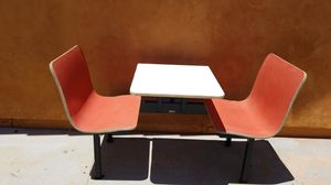 Patio table/restaurant seater for Sale in Glendale, AZ