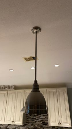 3 island kitchen lights/1 dining room light for Sale in Katy,  TX