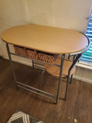 Table and 1 Chair only for Sale in Houston, TX