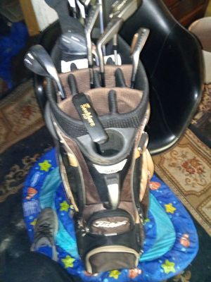 Golf club set for Sale in Alameda, CA