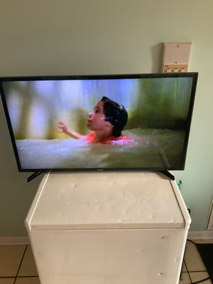 SAMSUNG SMART TV for Sale in Chicago, IL