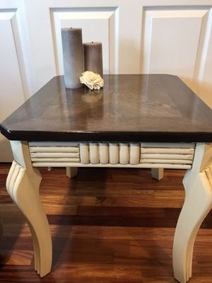 2 Wood End Side Tables for Sale in Uniondale, NY