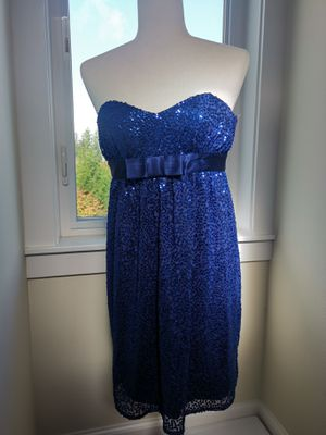 Betsy Johnson incredible blue sleeveless dress with sequins for Sale in Snohomish, WA