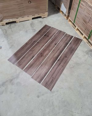 Luxury vinyl flooring!!! Only .65 cents a sq ft!! Liquidation close out! T9 for Sale in Lynwood, CA