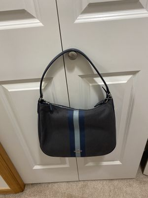 Coach shoulder bag for Sale in Lake Forest Park, WA